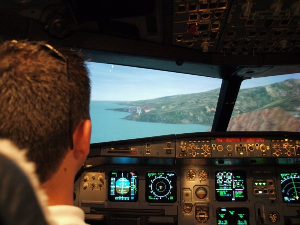 Approach to Madeira Airport RWY 23