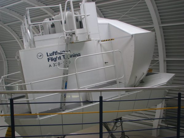 Airbus A320 full flight simulator