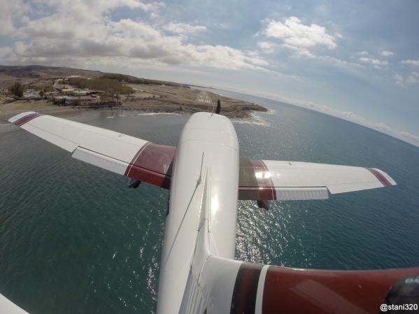 Landing at El Berriel aerodrome (GCLB)