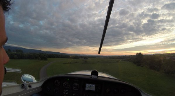 Landing at Ocova at dusk