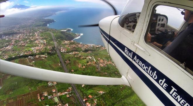 Descending towards Puerto de la Cruz