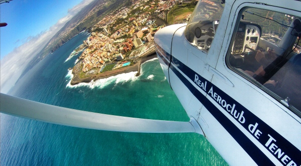 Over Puerto de la Cruz