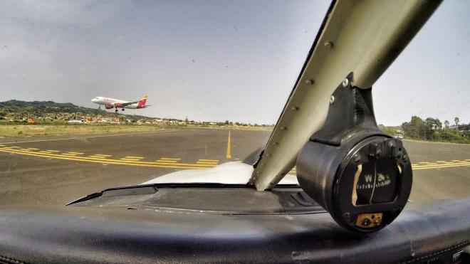 Iberias A320 on final