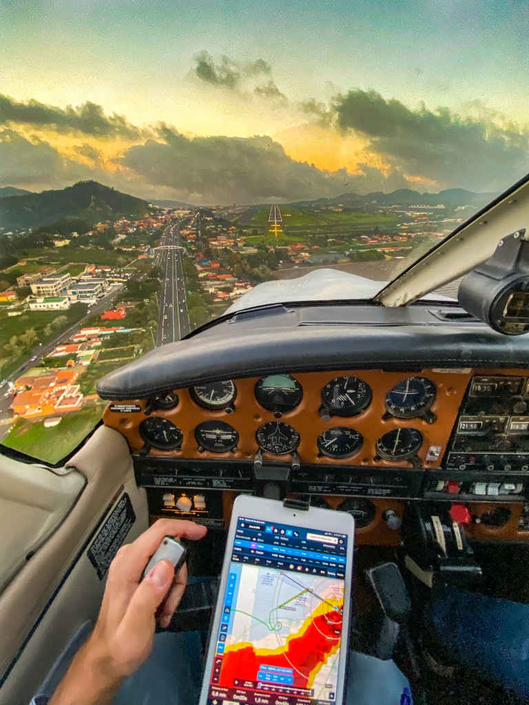 Approach into Tenerife north at sunset 🌅